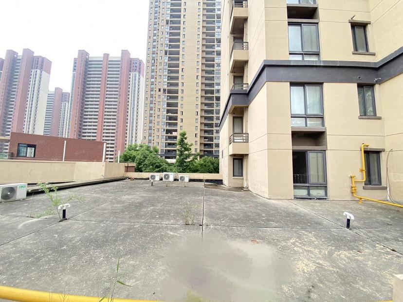 堰湾长堤3房,开发商直卖,送150平露台
